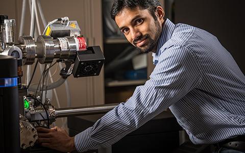 Arun Devaraj works in lab