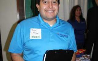 Alumnus Juan Meza recruits for PepsiCo